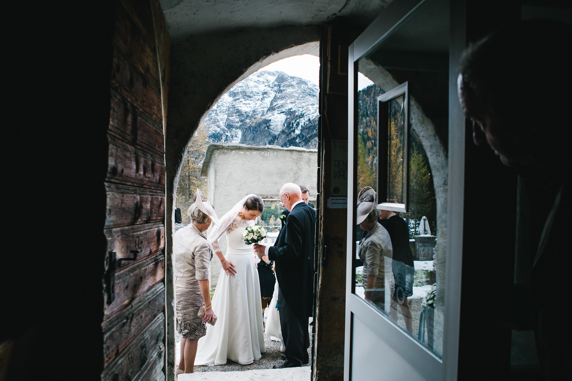 winter, wedding, bride, church, snow