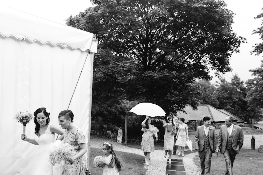 rain, wedding, umbrella