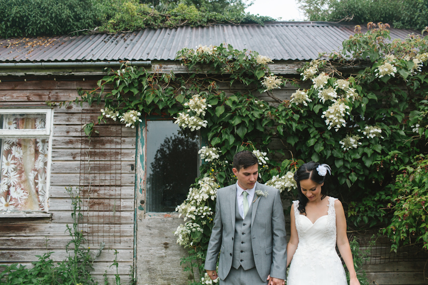rustic, shed, bride
