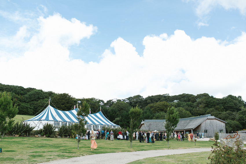 Tremenheere Sculpture gardens, Penzance Wedding, Cornwall Wedding Photographer