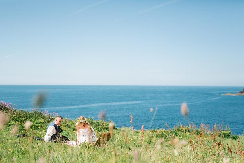 Cornwall elopement picnic